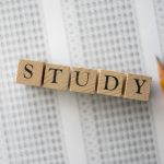 SAT試験 勉強 イメージ