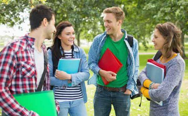 海外 大学生 イメージ