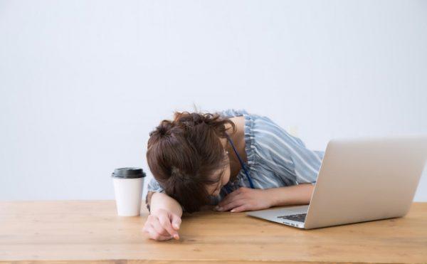 眠気対策としてのカフェイン
