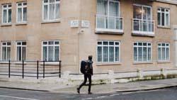 ロンドン大学